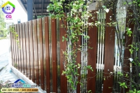 002.jpg - ประตูรั้วสแตนเลส ผสมอลูมิเนียมลายไม้ | https://thai304.com