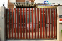 028.jpg - ประตูรั้วสแตนเลส ผสมอลูมิเนียมลายไม้ | https://thai304.com