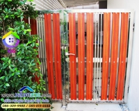 072.jpg - ประตูรั้วสแตนเลส ผสมอลูมิเนียมลายไม้ | https://thai304.com
