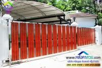 090.jpg - ประตูรั้วสแตนเลส ผสมอลูมิเนียมลายไม้ | https://thai304.com