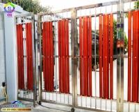 091.jpg - ประตูรั้วสแตนเลส ผสมอลูมิเนียมลายไม้ | https://thai304.com