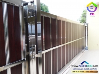 108.jpg - ประตูรั้วสแตนเลส ผสมอลูมิเนียมลายไม้ | https://thai304.com