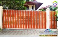 118.jpg - ประตูรั้วสแตนเลส ผสมอลูมิเนียมลายไม้ | https://thai304.com